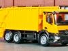 Für eine zeitgemäße kommunale Müllentsorgung in modernen Modell-Städten sorgt das Pressmüllfahrzeug Antos S von Mercedes Benz von Herpa; Foto: RZ