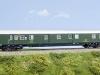 Tillig (H0): Nun wird auch noch die letzte große Lücke bei den langen Postwagen der Epoche III geschlossen: Die erste Wagenserie mit Gummiwulstübergängen.